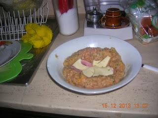 polpettone di maiale  farcito ...clafoutin alle pere-tortino di carote- piadine farcite