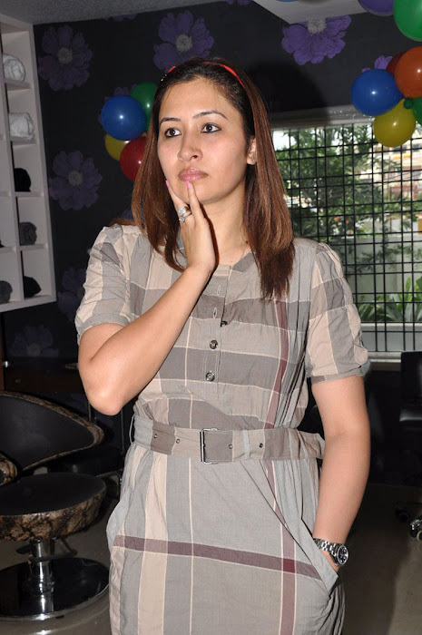 jwala gutta in public event actress pics