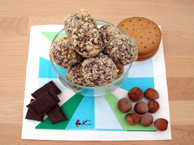 chocolate, galletas, galletas y chocolate, trufas, trufas de chocolate, trufas de galleta, trufas de galleta y chocolate,