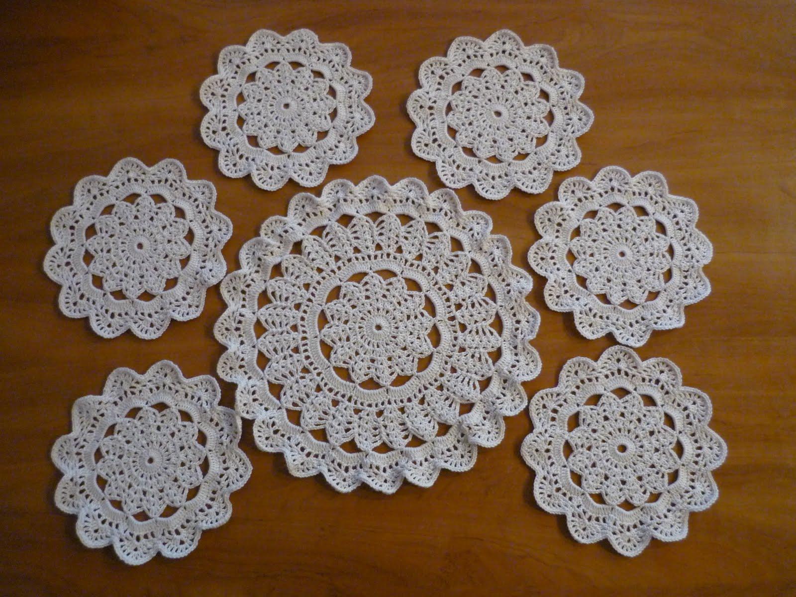 Вязание салфеток под тарелки