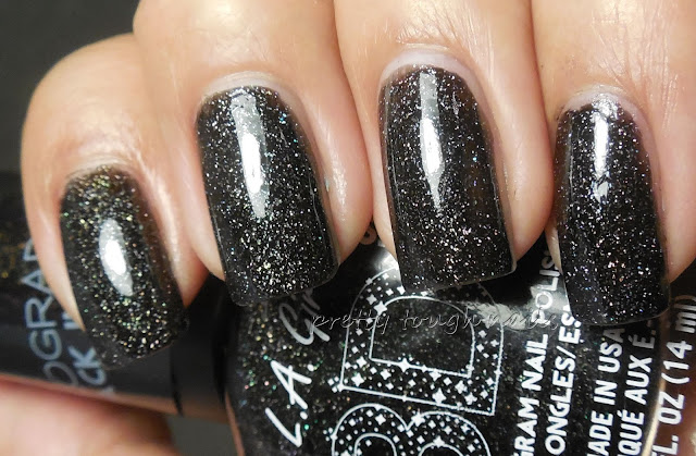LA Girl 3D Holographic Black Illusion
