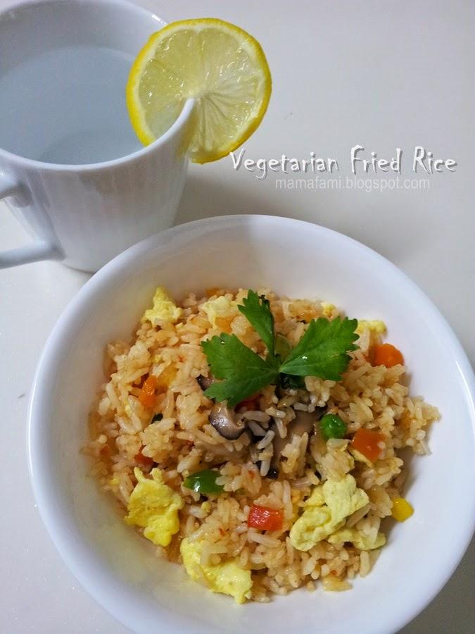 MamaFaMi's Spice n Splendour: Vegetarian Fried Rice