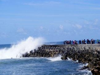 Objek Wisata Pantai Sasak Pasaman Barat Sumatera Barat (Sumbar)