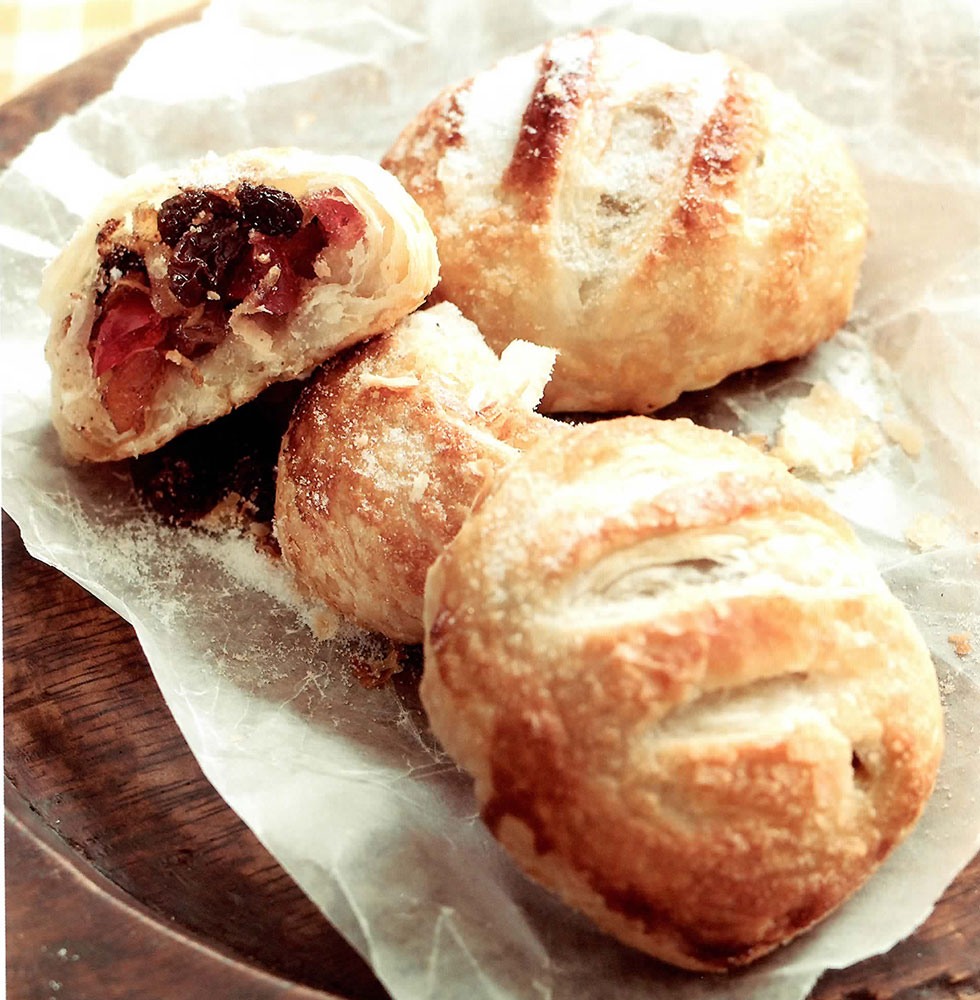 Luxury Eccles Cakes Three Pastries Of Mixed Dried Fruit In A Puff Pastry Shell