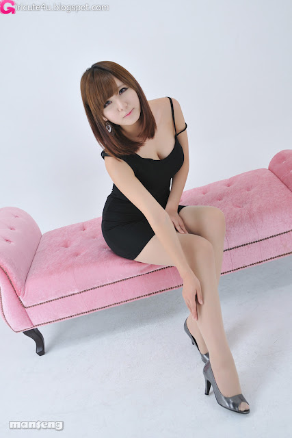 Ryu-Ji-Hye-Black-Dress-06-very cute asian girl-girlcute4u.blogspot.com