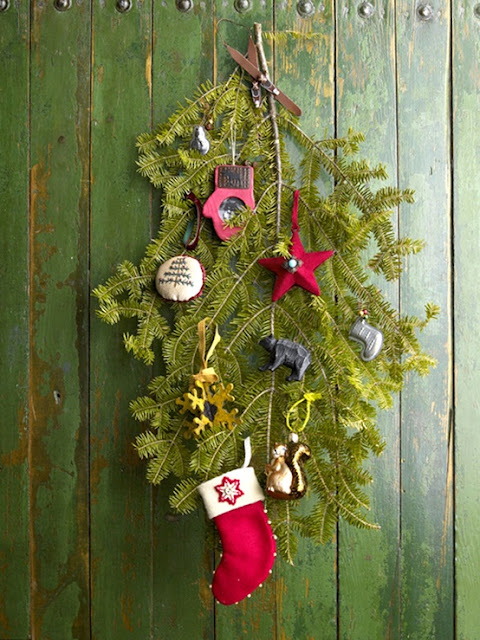 10 Rustic Christmas Decorating with Cool and Creative 8