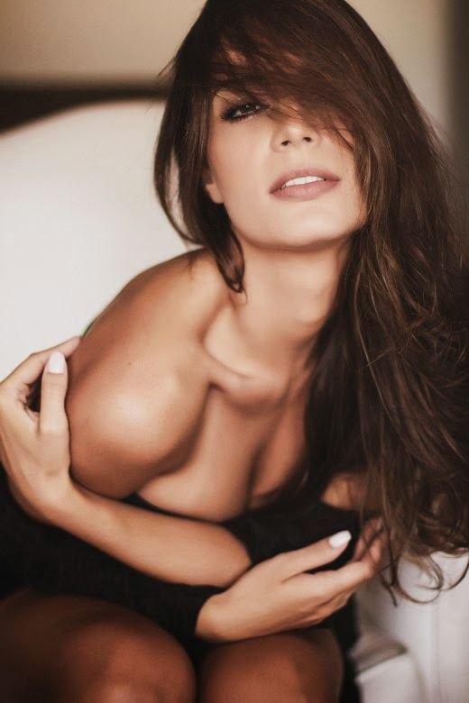 Henrique Cesar Faria fotografia mulheres modelos sensuais - Laura Kayser