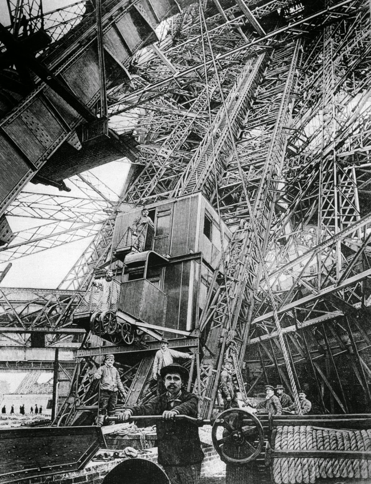 15 amazing vintage photos of the iconic eiffel tower under construction vintage everyday. Black Bedroom Furniture Sets. Home Design Ideas