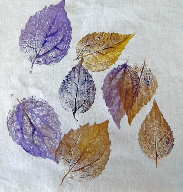 nature prinitng, leaf printing, fabric printing, fabric design,
