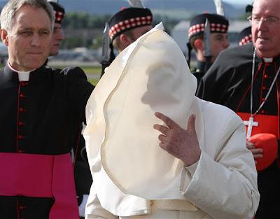 Papa Bento XVI fotos engraçadas