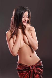 Gehana Vasisth in semi nude