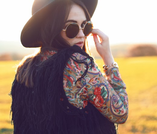 hippy, uk fashion blogger, uk fashion style, zerouv, oversized sunglasses, 70's sunglasses