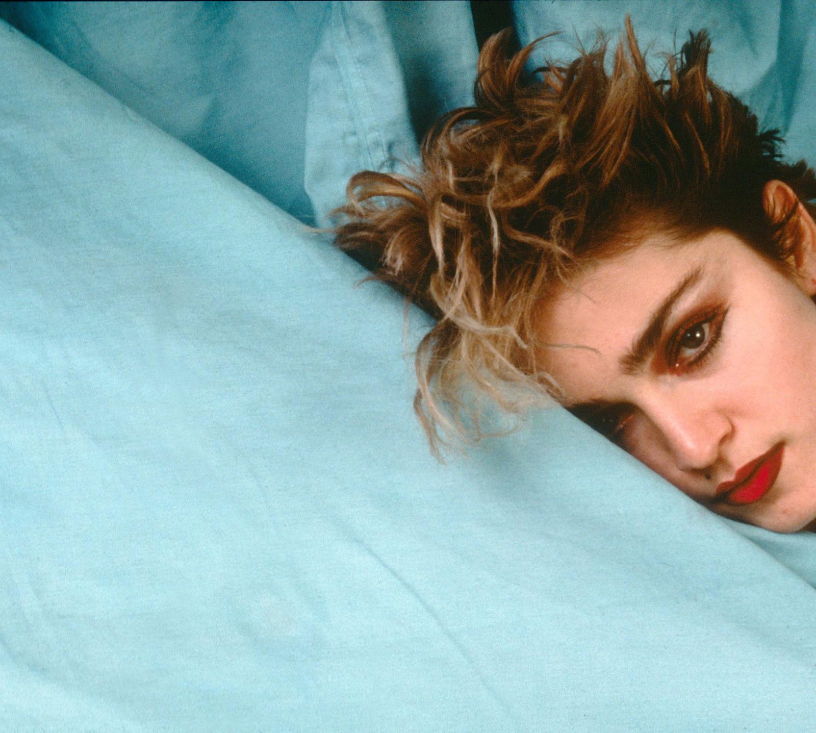 http://2.bp.blogspot.com/-OmPK6dXeceU/T3IhwKPh7yI/AAAAAAAAf5s/vVnKz-gZDcs/s1600/Madonna.JPG
