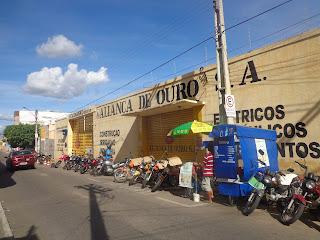 Antigo estacionamento da Aliança na Rua São Francisco.