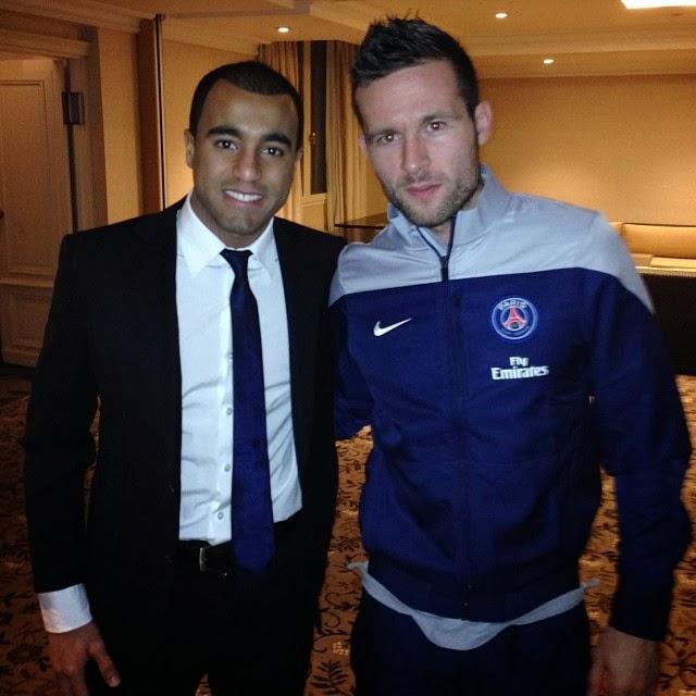 Lucas Moura Vs Willian: Balgevoel: Twitpic Report 5: PSG-aanwinst Moet Liedje