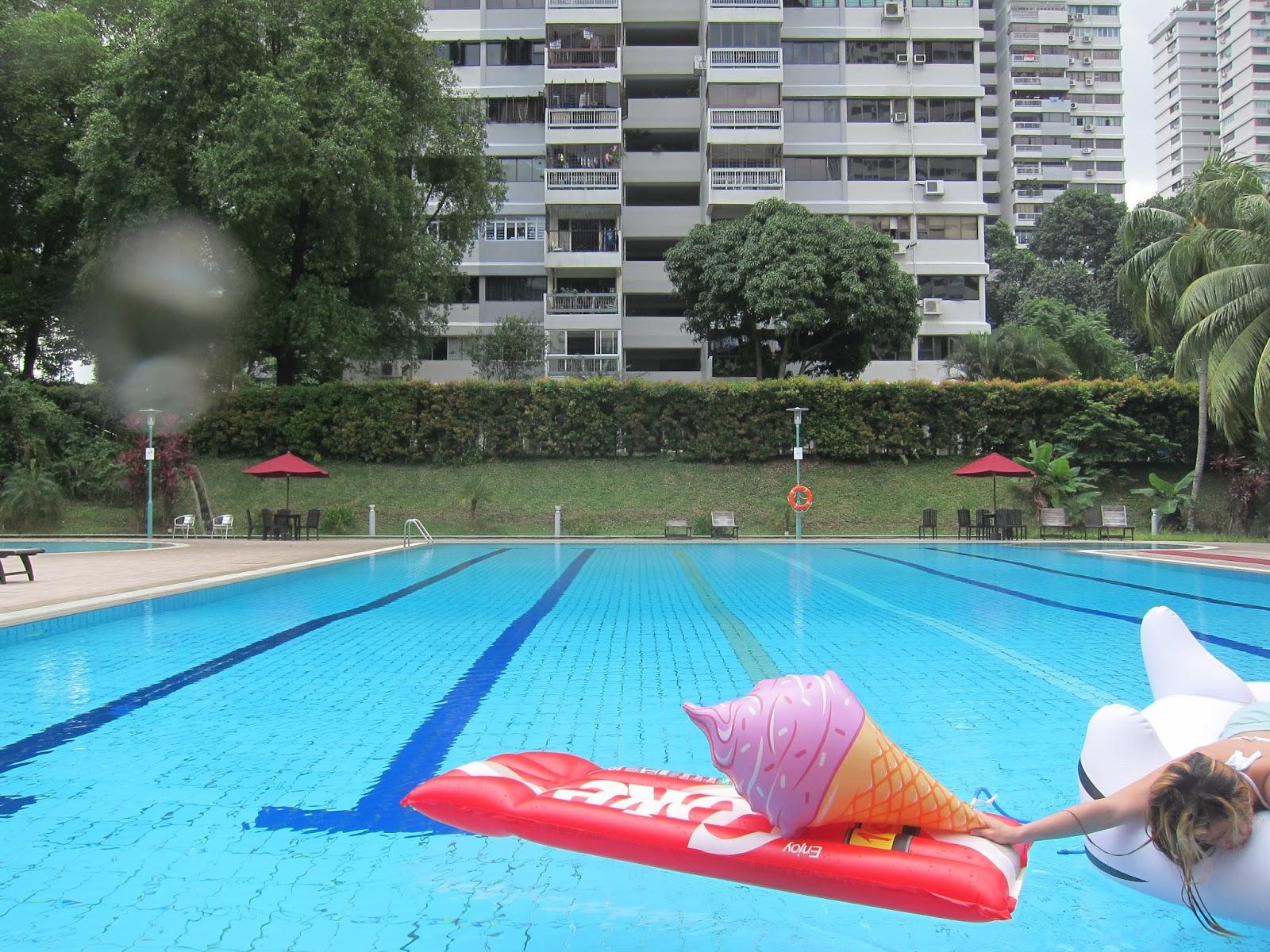 nadine floats