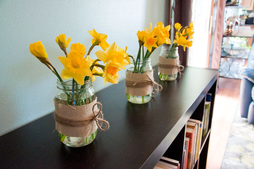 rootandblossom decorating with mason jars