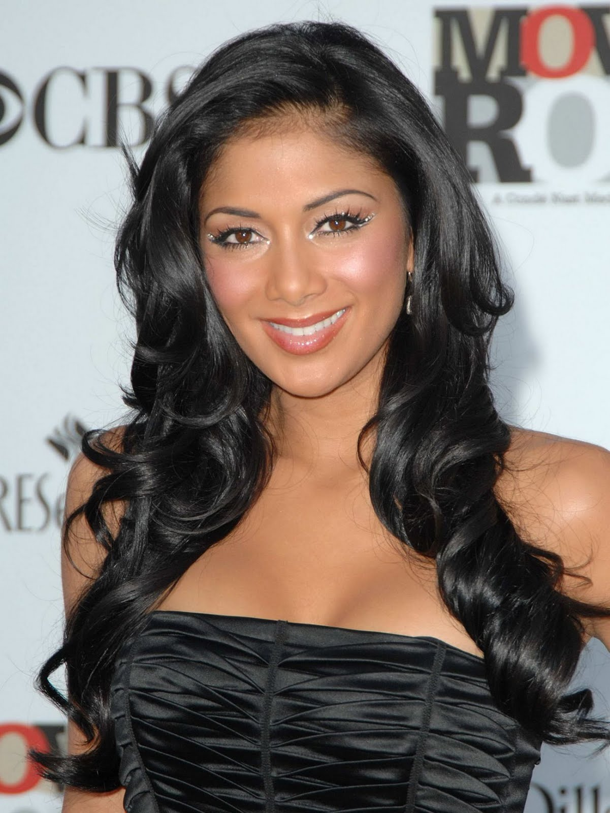 Nicole Scherzinger Fashionable Hairstyles Photos 02