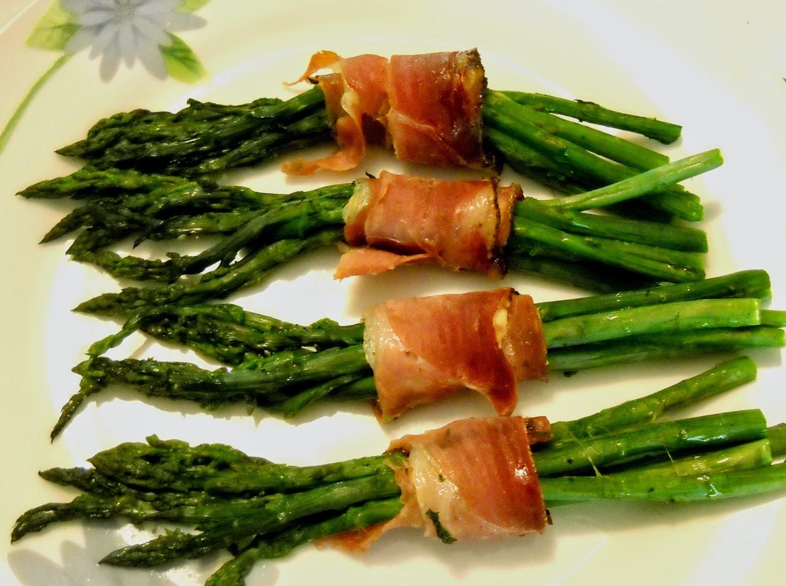 asparagi al forno con speck