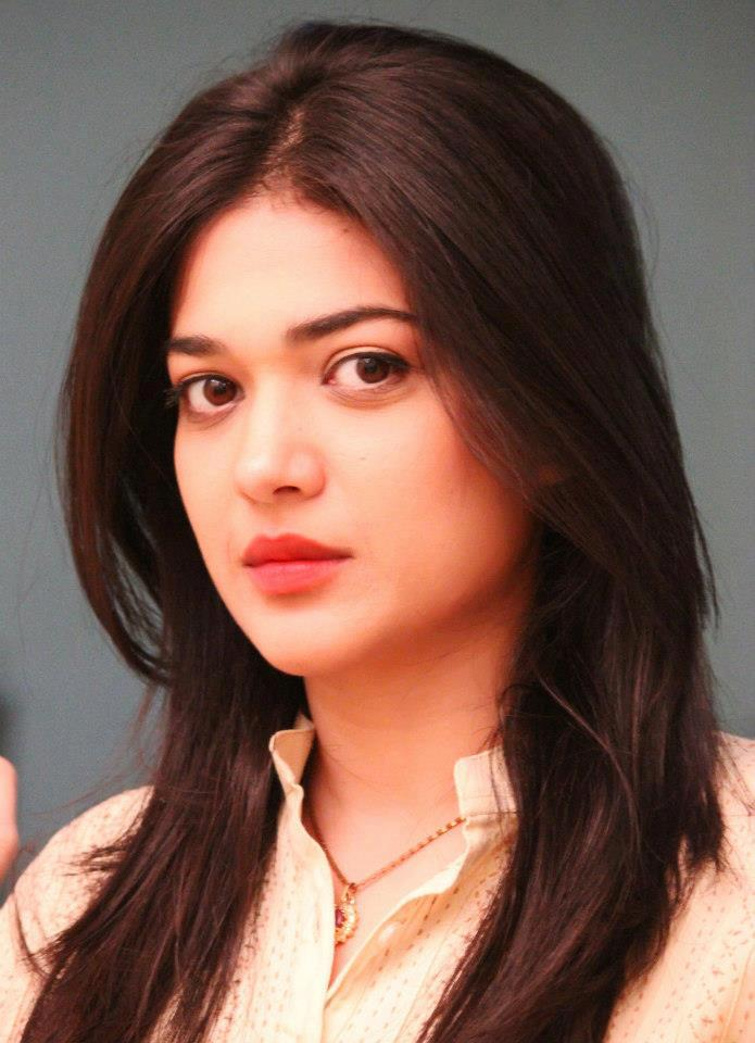 Sanam Jung biography,profile,images