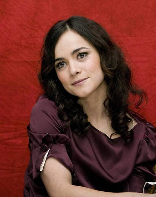 Alice Braga Hairstyle 6