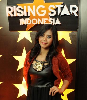 evony arty Yang Keluar di Rising Star Indonesia tadi malam 12 Desember 2014