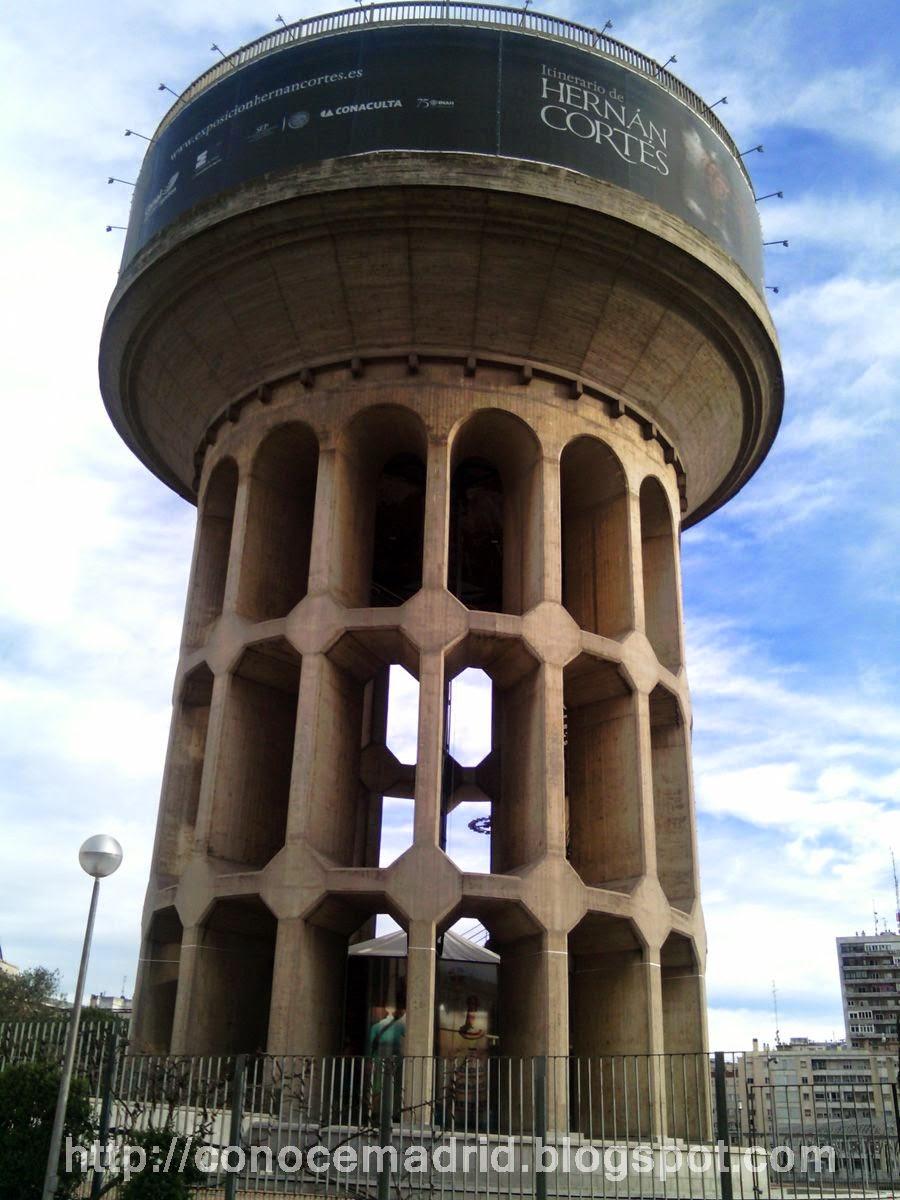Conocer madrid parque de plaza de castilla cuarto for Oficinas canal isabel ii madrid