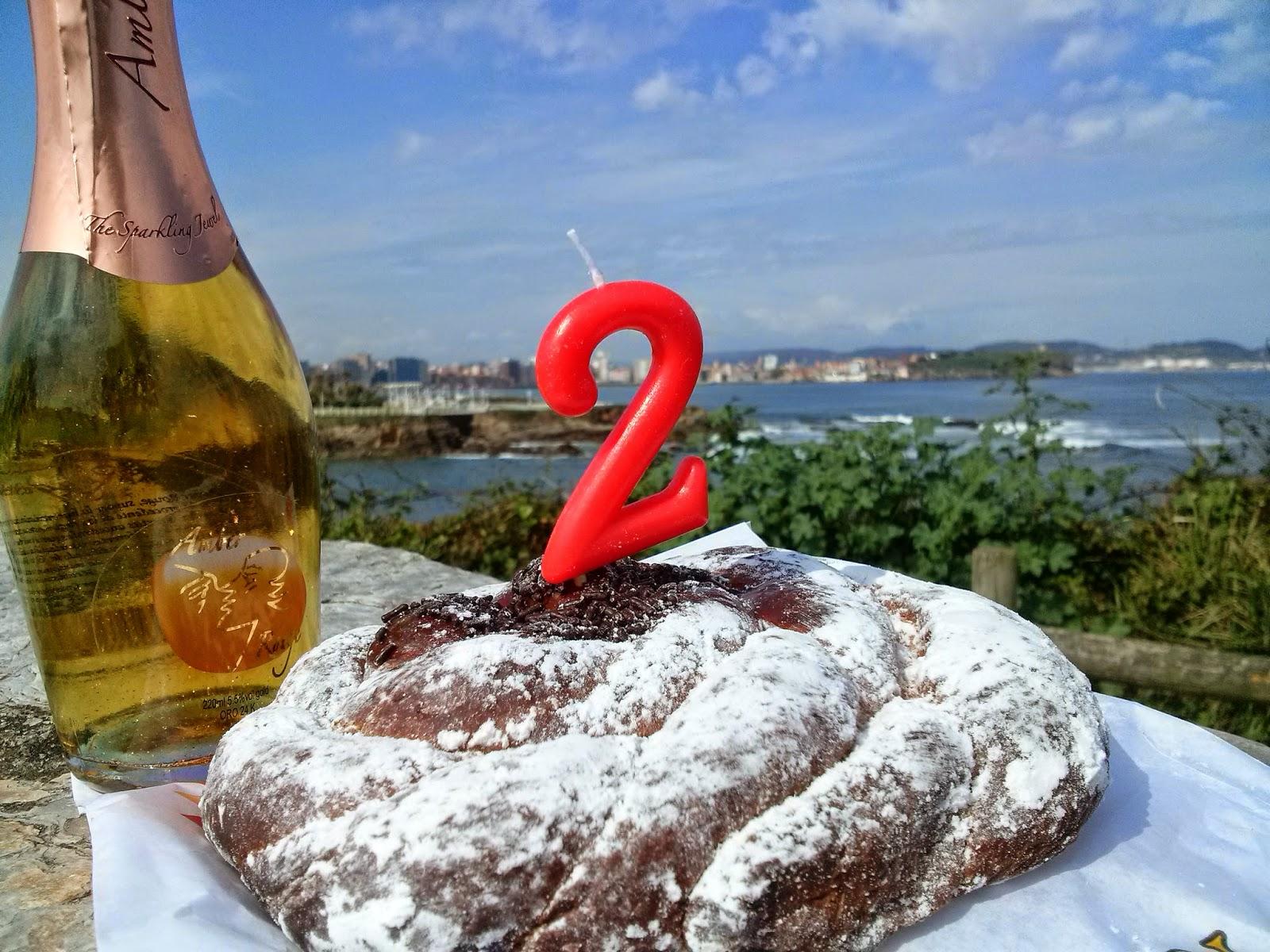 gijon bloggertrotters aniversario desayuno mar paseo