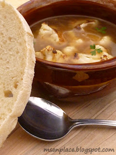 French Onion Cauliflower Soup