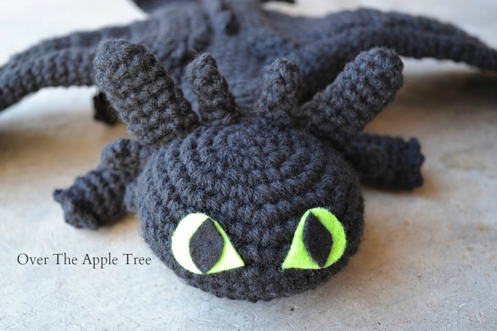 Over The Apple Tree Crochet Like Crazy Toothless