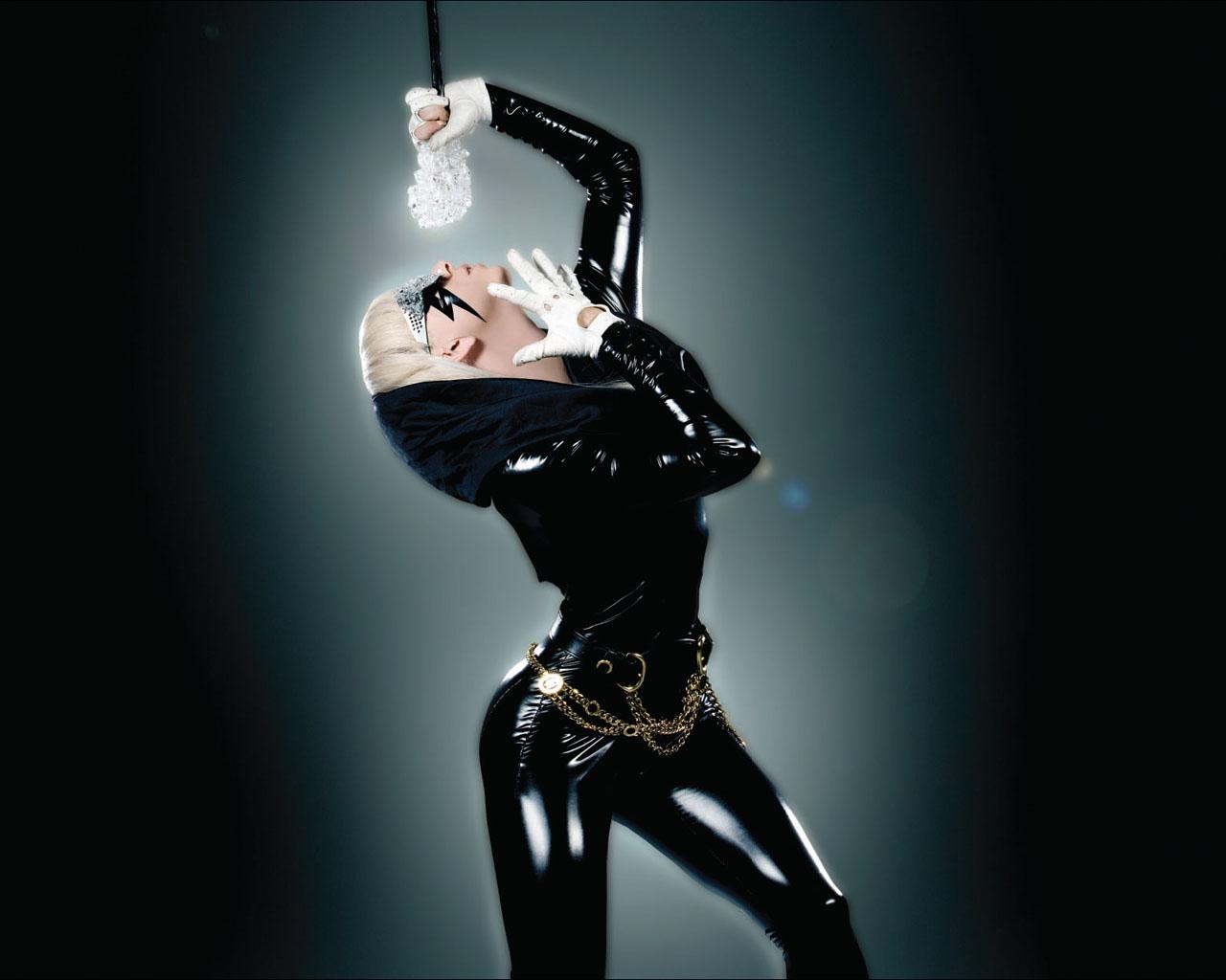 http://2.bp.blogspot.com/-Oo87bVD4gps/TepaTCvOAQI/AAAAAAAAB18/7eX5cltdExc/s1600/Lady-Gaga-Wallpaper-9.jpg