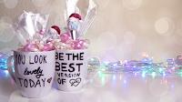 http://www.makoccino.com/2013/12/diy-personal-gift-ideas.html
