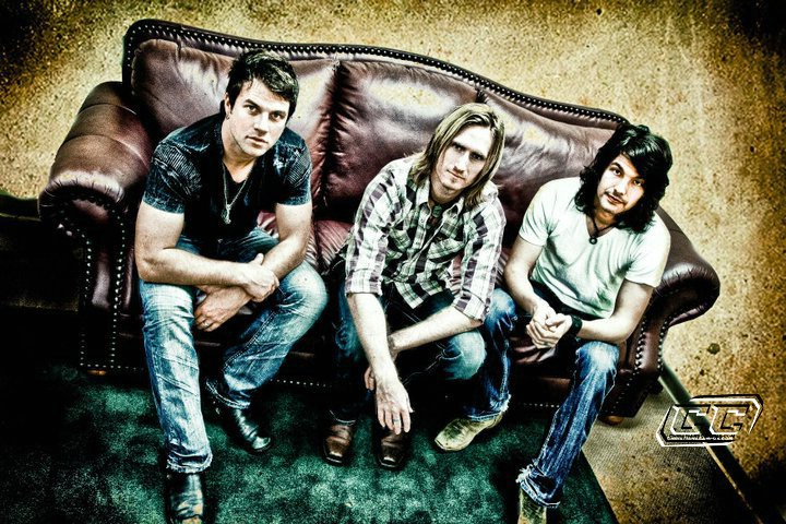 DecembeRadio - Southern Attic Sessions EP 2011 Biography and history