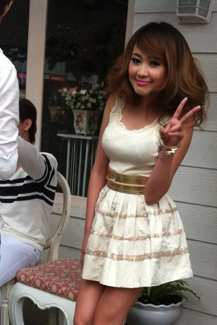 Cambodian dresses khmer girl khmer clothes and hairstyle for Cambodian wedding dresses sale