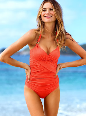 Behati Prinsloo hot photos model of Victoria's Secret sexy swimwear
