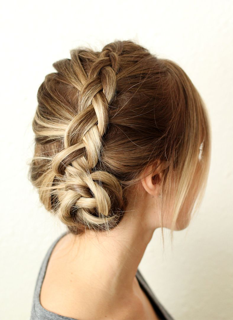 SIMPLE DUTCH BRAID STEP BY STEP