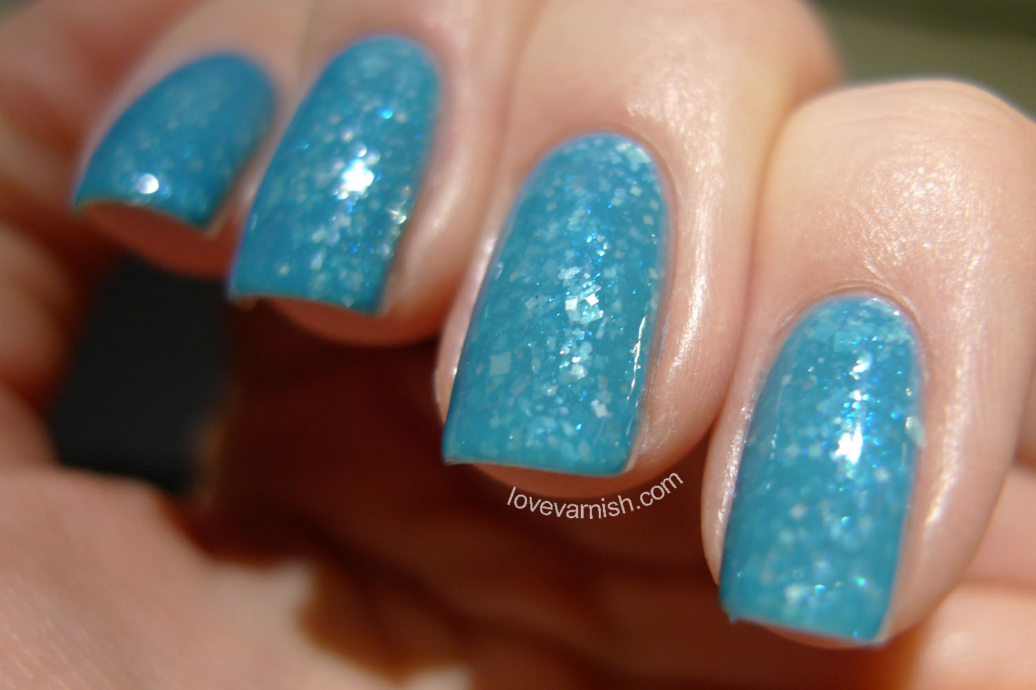 HARE Twin Peaks The Knockouts Of The Double R nail polish