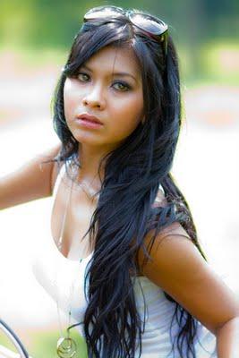Putri Anggraini2