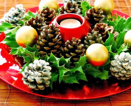 Natale 2013 tante idee per addobbare la vostra tavola for Centrotavola natale pigne