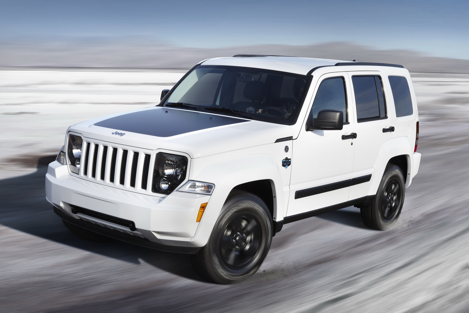 2012 jeep liberty arctic special edition sport cars and motorcycle news. Black Bedroom Furniture Sets. Home Design Ideas