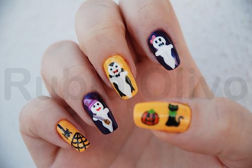 Fashion and art trend halloween nail art design - Nail art halloween ...