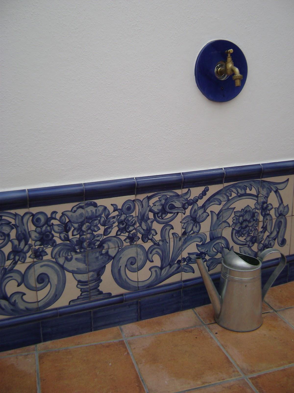 La callejuela patio ba o y escalera azulejos hechos a mano - Azulejos para patio ...