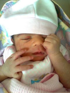 Aishwarya-Rai-Baby-Pictures