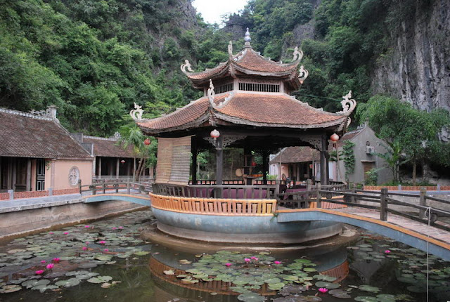 Vietnam Voyages