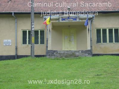 Vedere mai de aproape asupra Caminului cultural din satul Sacaramb