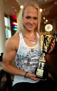 Sarah Bckman armwrestling champion