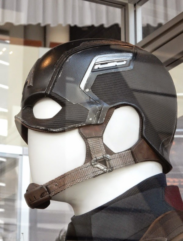 Captain America helmet Avengers Age of Ultron