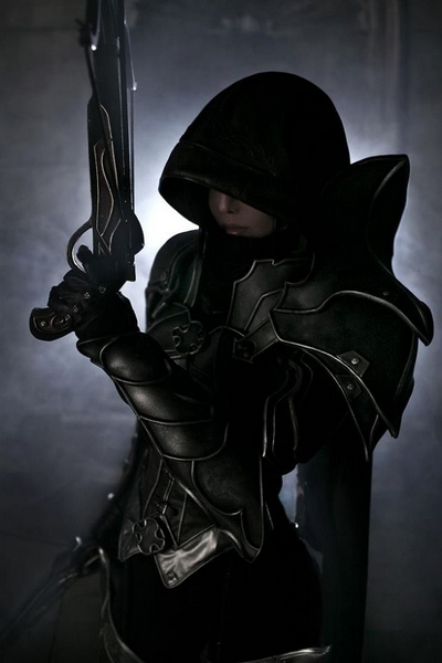 Demon Hunter Diablo 3 Cosplay by Tasha