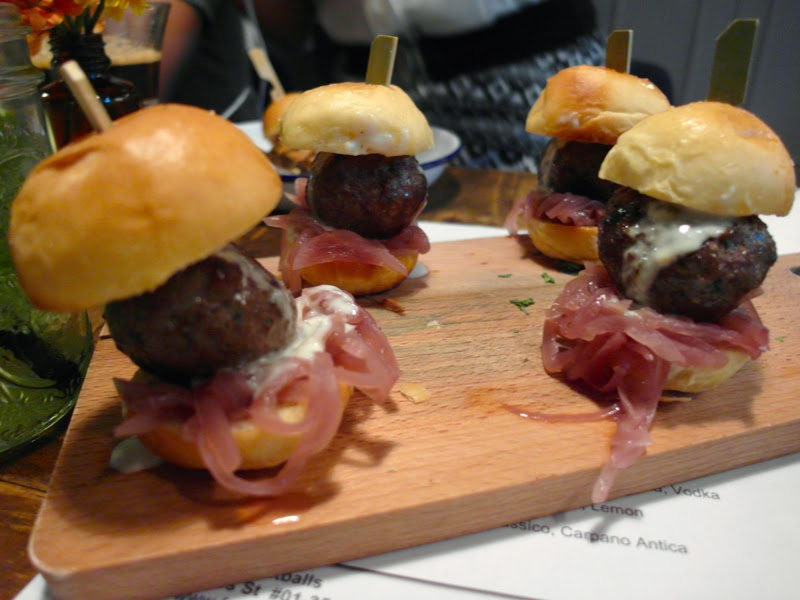 Club Meatballs Restaurant Review Wagyu Beef with Gorgonzola and Onion Marmalade Sliders Lunarrive Blog