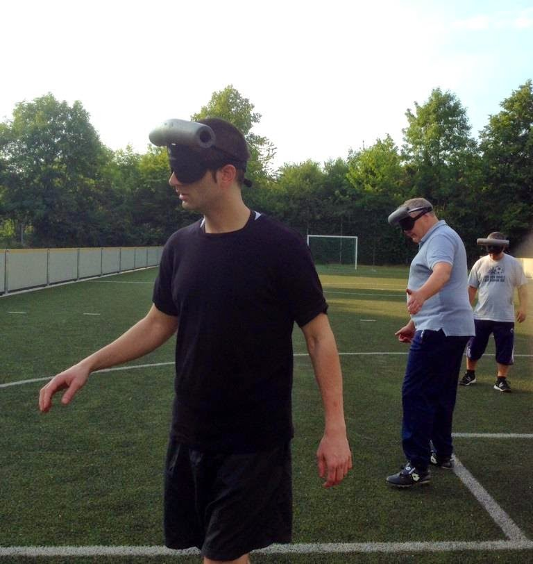 Um jogo de futebol entre utentes do Centro BFW